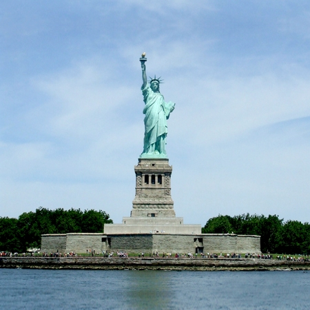 Statue-of-Liberty-and-Battery-Park
